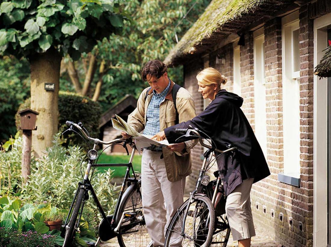 fietsarrangement drenthe fietsvakantie westerbork hotel
