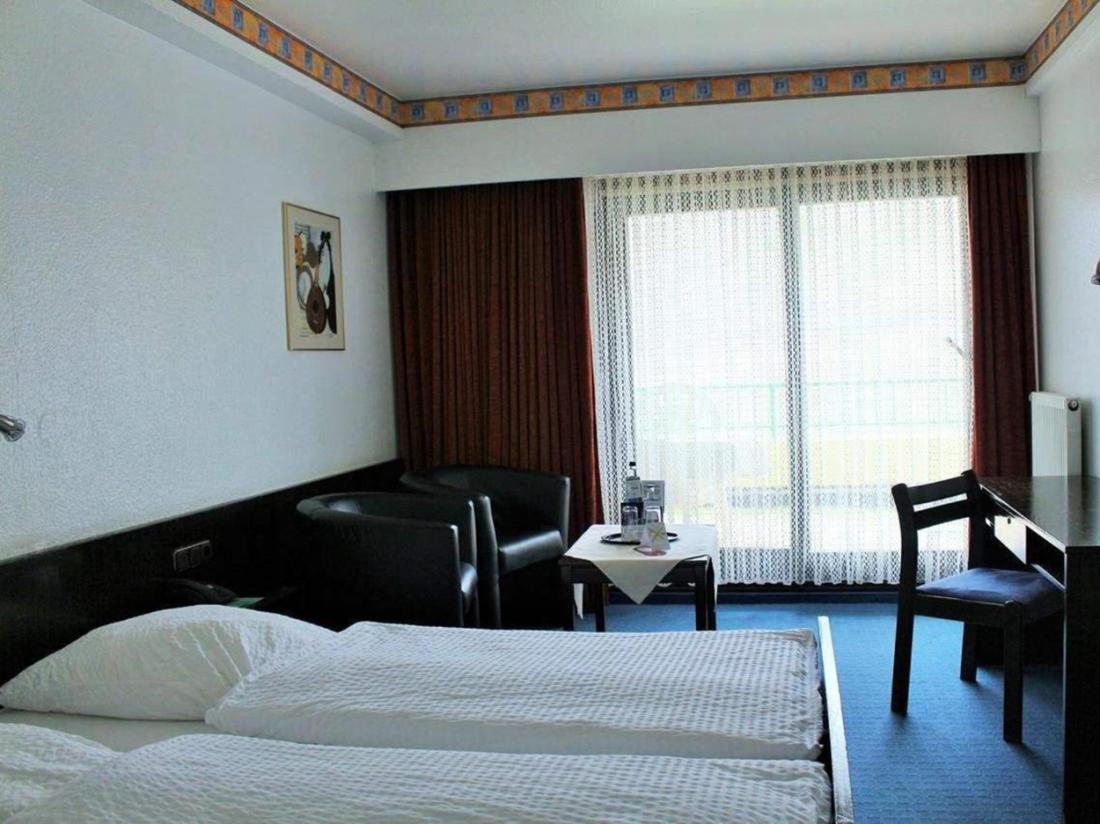 hotelovernachting rijn duitsland rheinlust hotelkamer