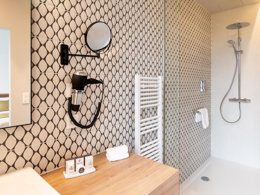 Martins Rentmeesterij Limburg Bilzen Cosy Room Badkamer