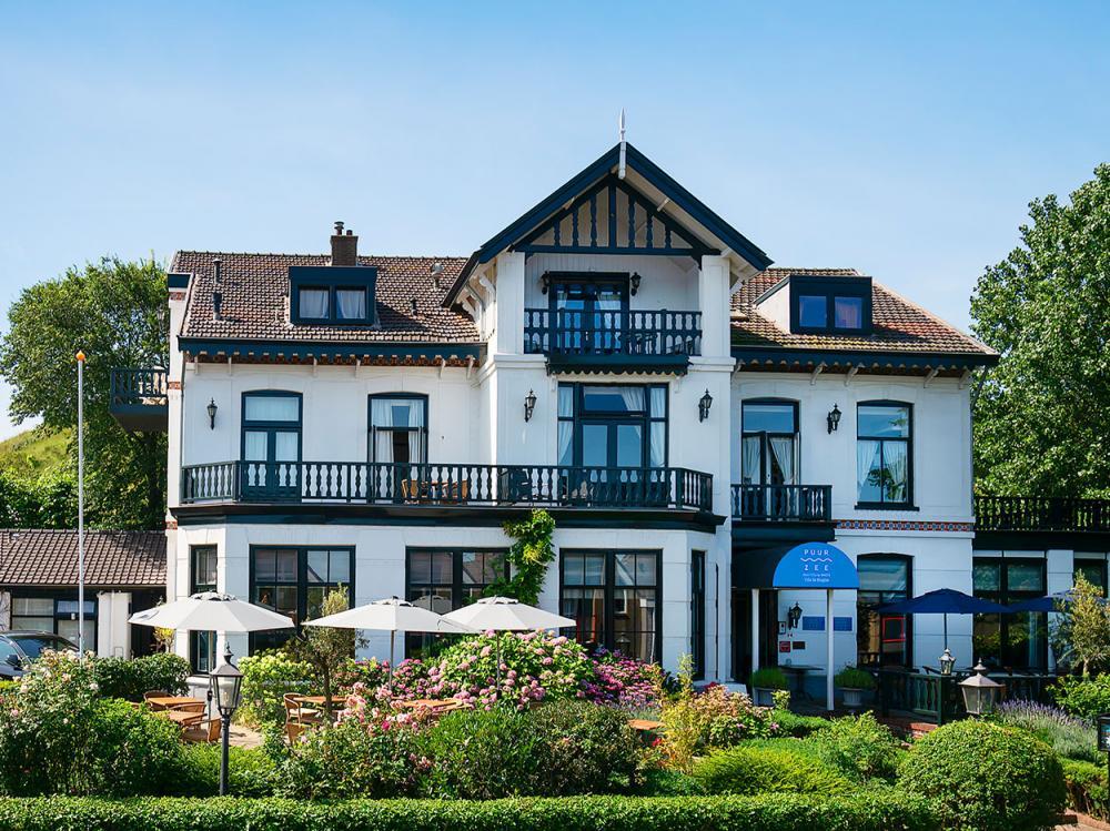 Hotel_Villa_de_Klughte_Puur_Zee_Vooraanzicht_Pand_Weekendje_weg