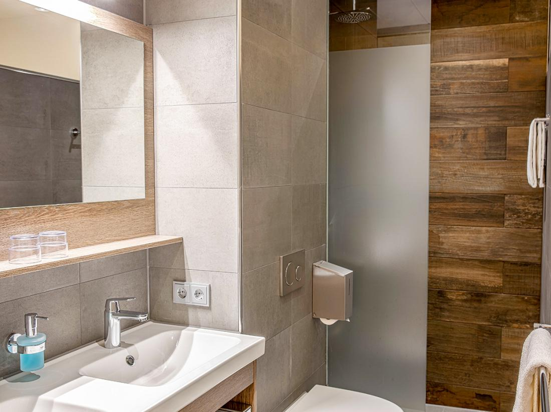 Badkamer Erve Hulsbeek Overnachten