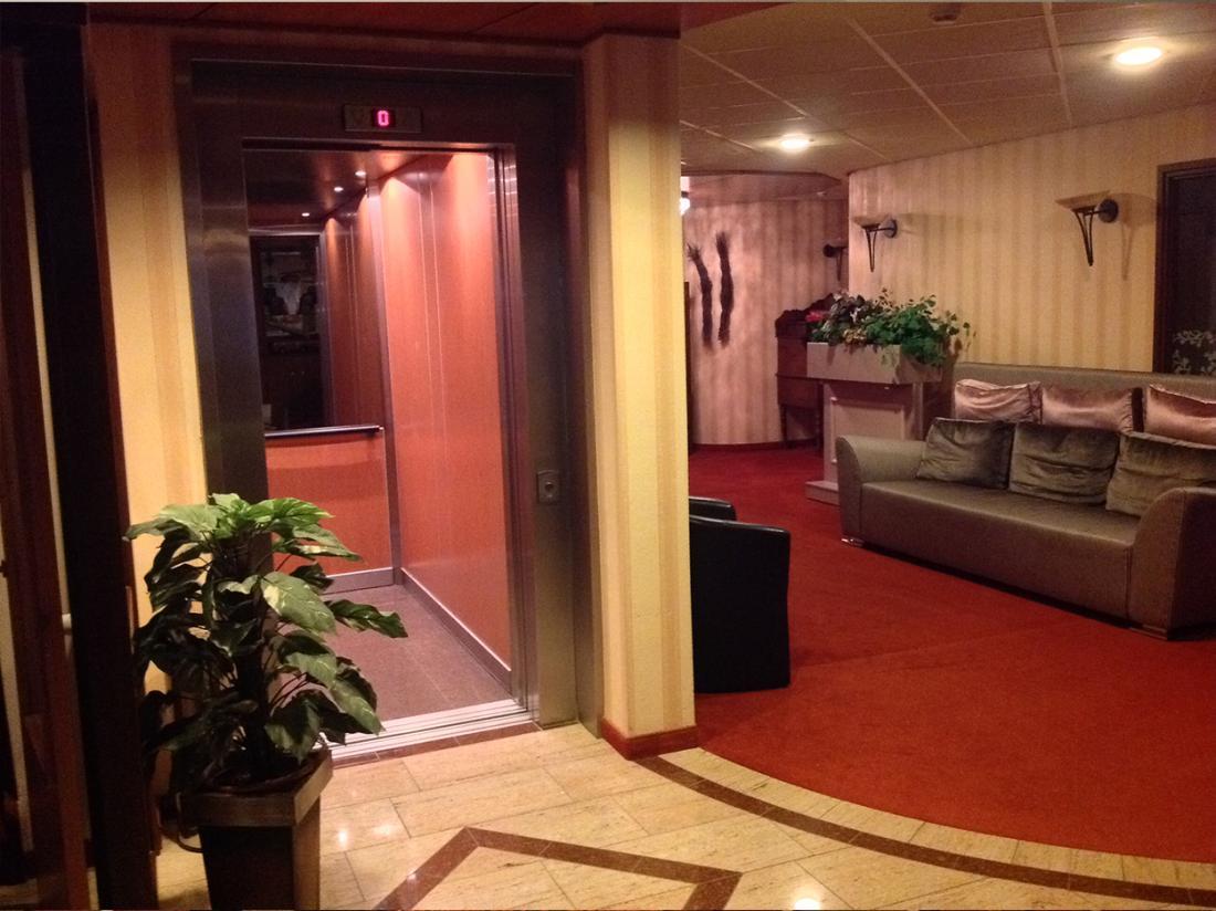 Suydersee Hotel Enkhuizen Hotelovernachting Lift
