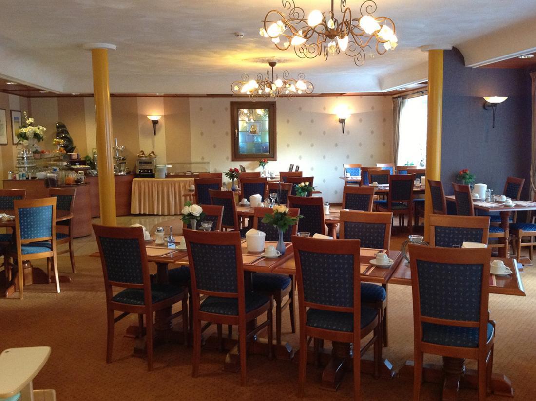 Suydersee Hotel Enkhuizen Hotelovernachting Ontbijtruimte