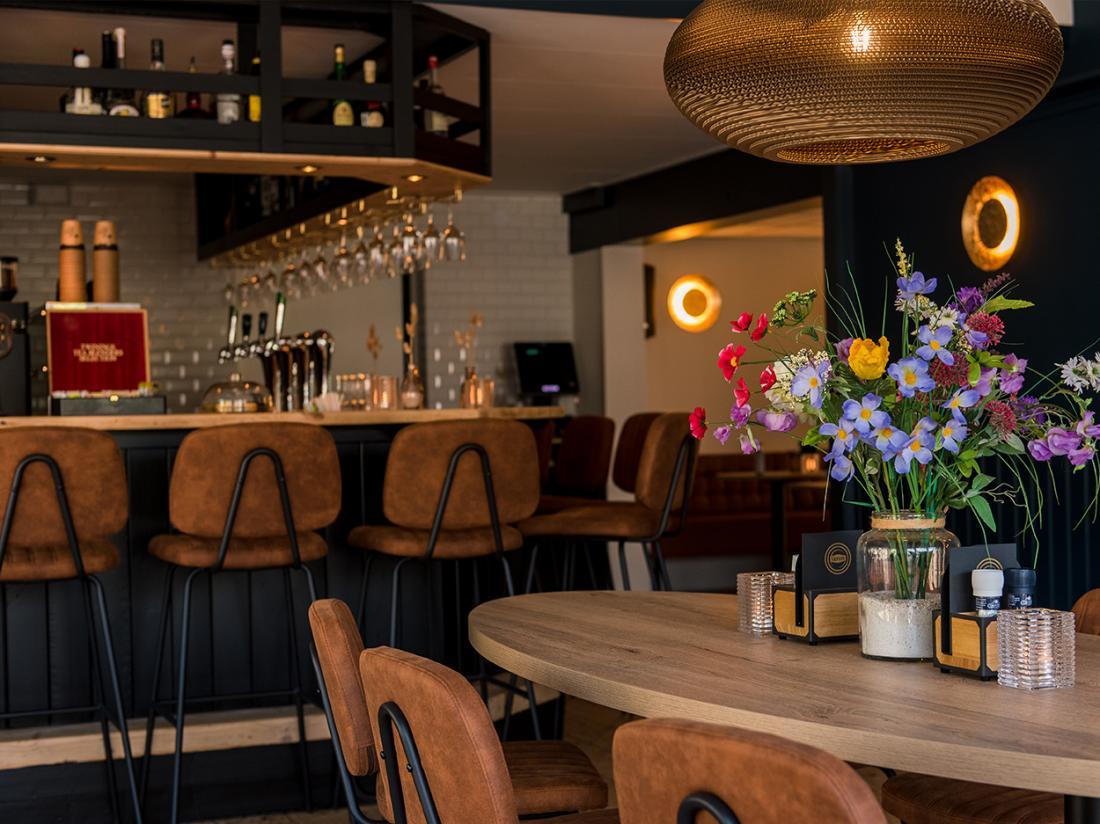 bar brasserie hotel ameland