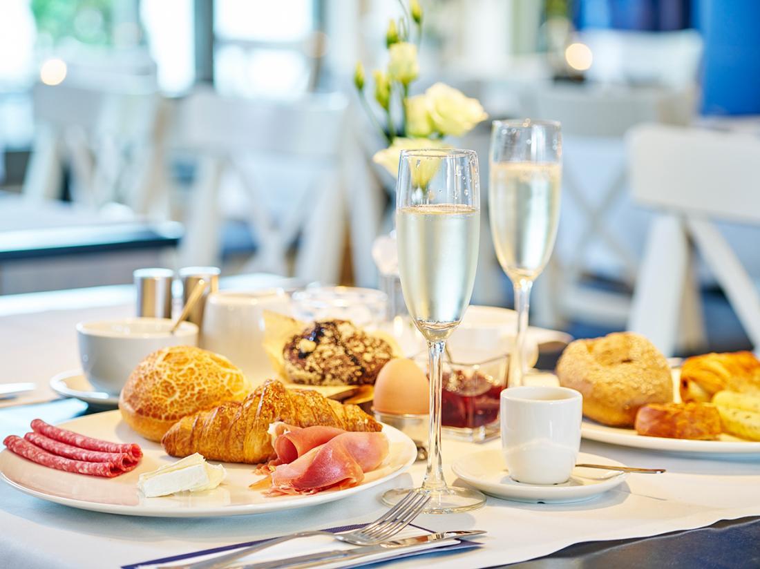 Saillant Hotel Gulpenerland Limburg ontbijt