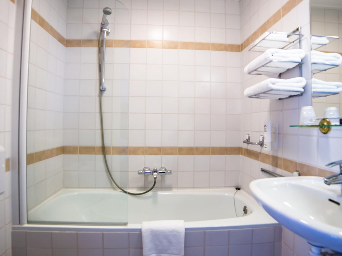 Hotelarrangement Brabant Badkamer