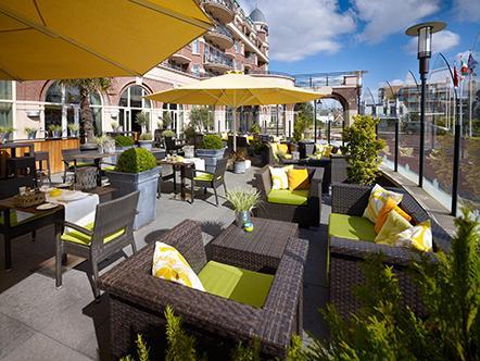 Palace Hotel Noordwijk terras zonnig