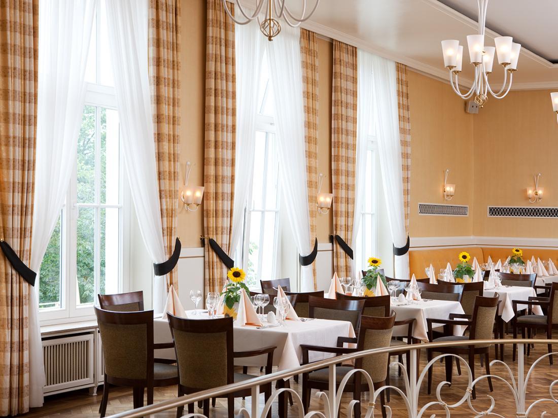 Weekendjeweg Meschede Mennesee restaurant diner