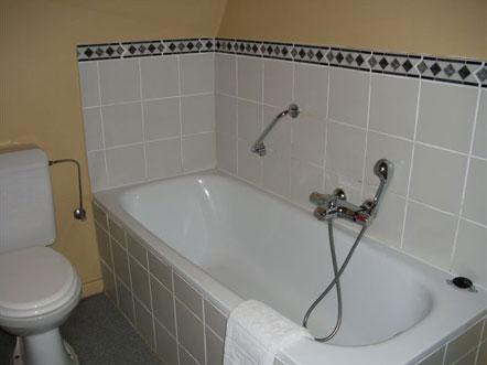 erasmus hotel gent hotelkamer badkamer
