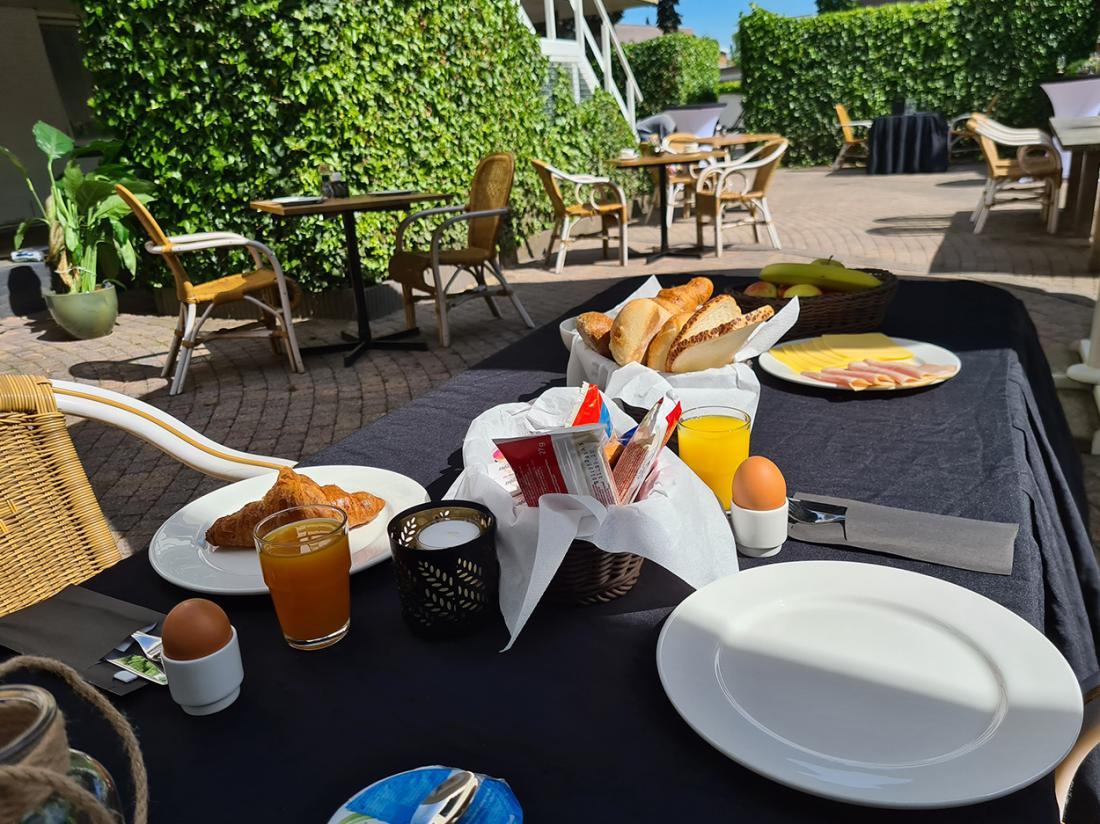 Best Western Hotel Uithoorn Noord Holland Ontbijt Terras
