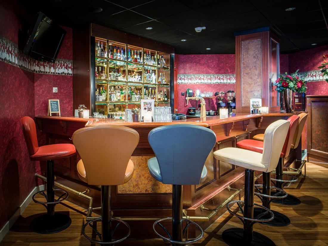 Weekendjeweg Den Haag Bar