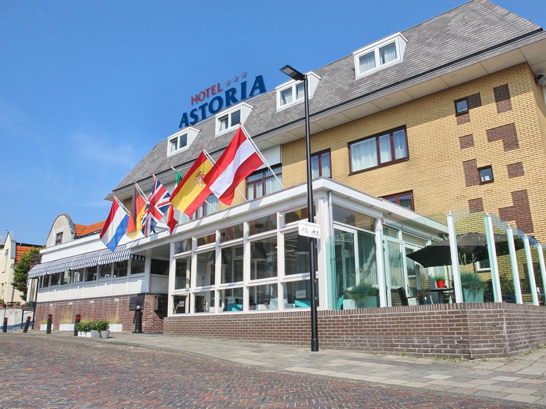Hotel Astoria Buiten Aanzicht Voorkant