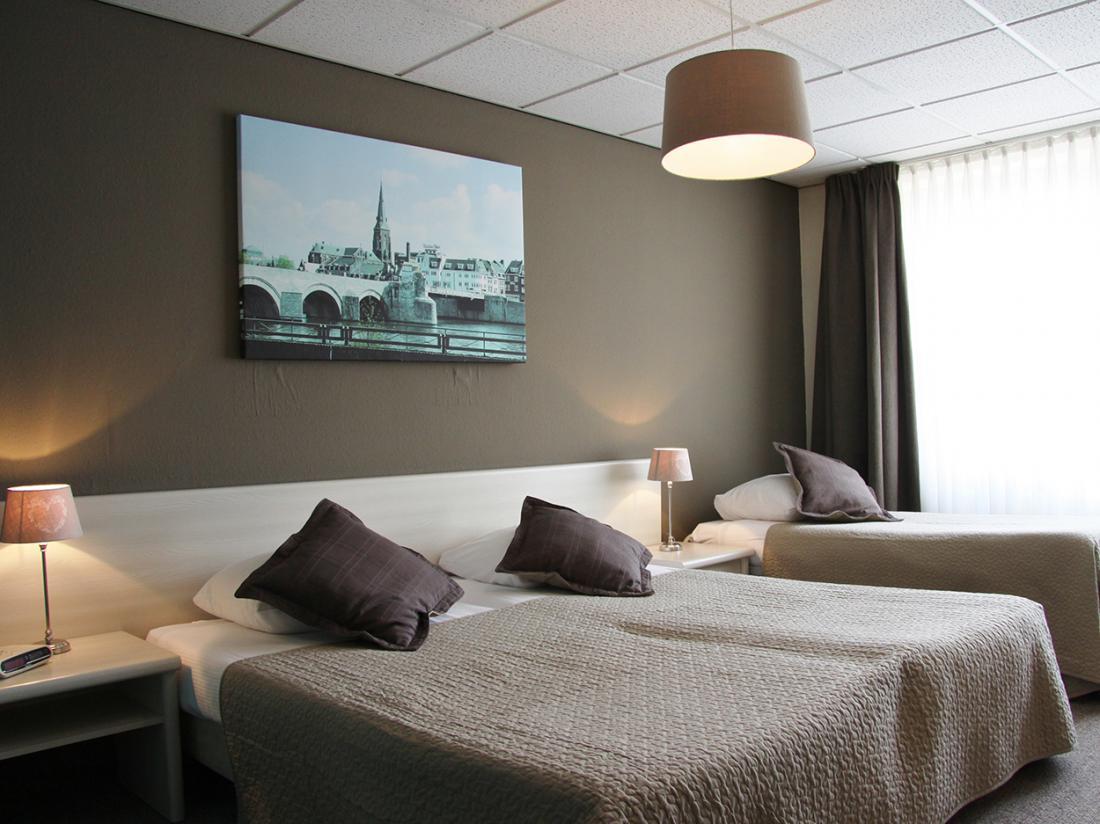 Hotel Op De Beek Schin op Geul Limburg Hotelkamer Familiekamer