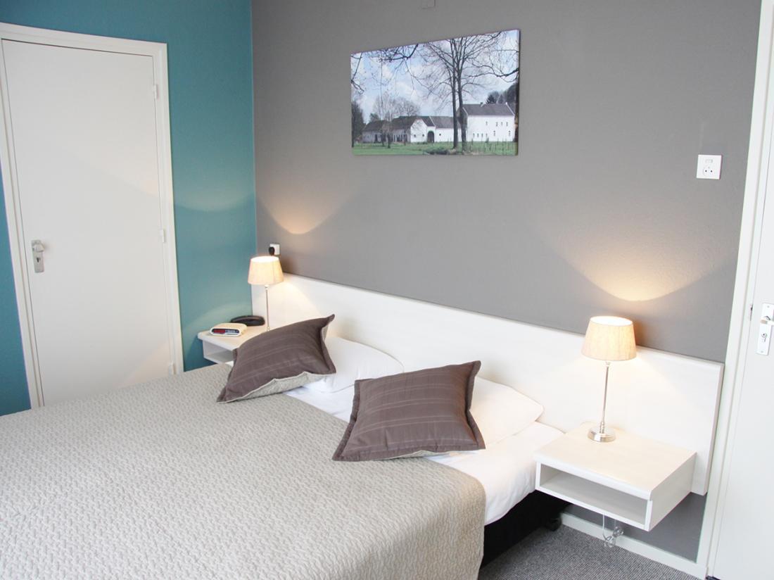 Hotel Op De Beek Schin op Geul Limburg Hotelkamer Tweepersoonsbed