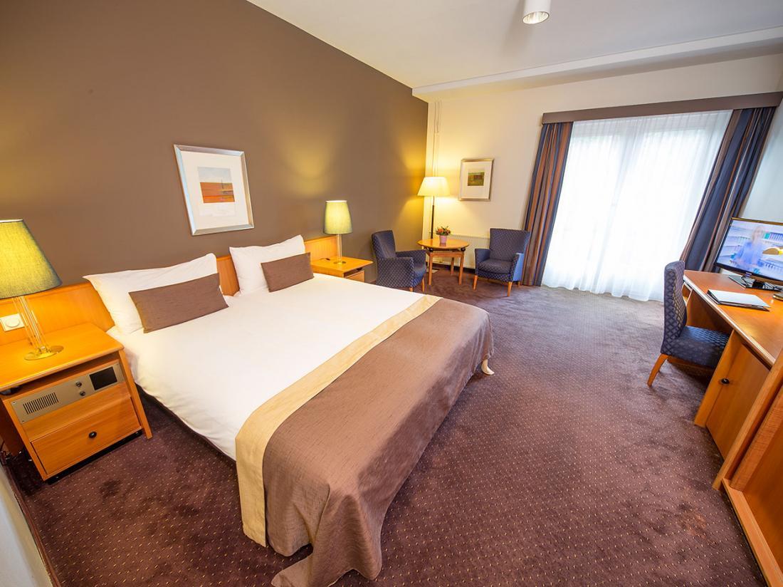 Hotelaanbieding Klein Zwitserland Heelsum Hotel Deluxe Kamer
