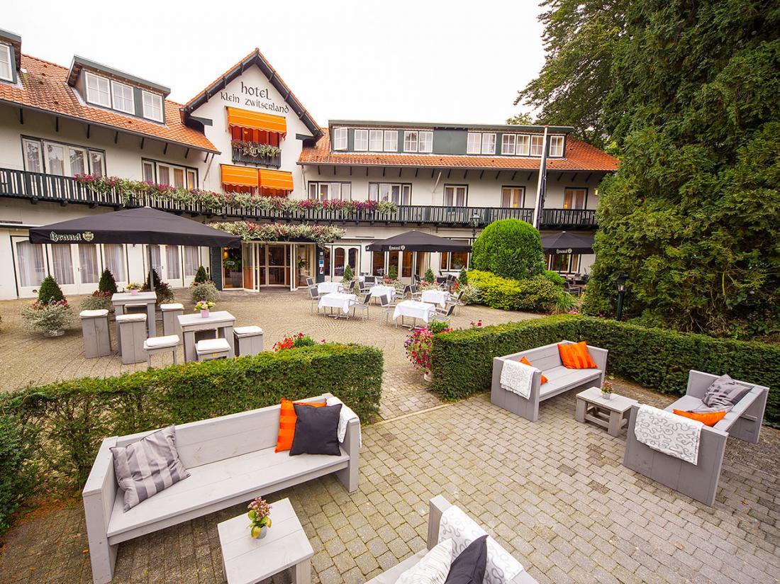 Weekendjeweg Hotel Klein Zwitserland Heelsum Hotel Vooraanzicht