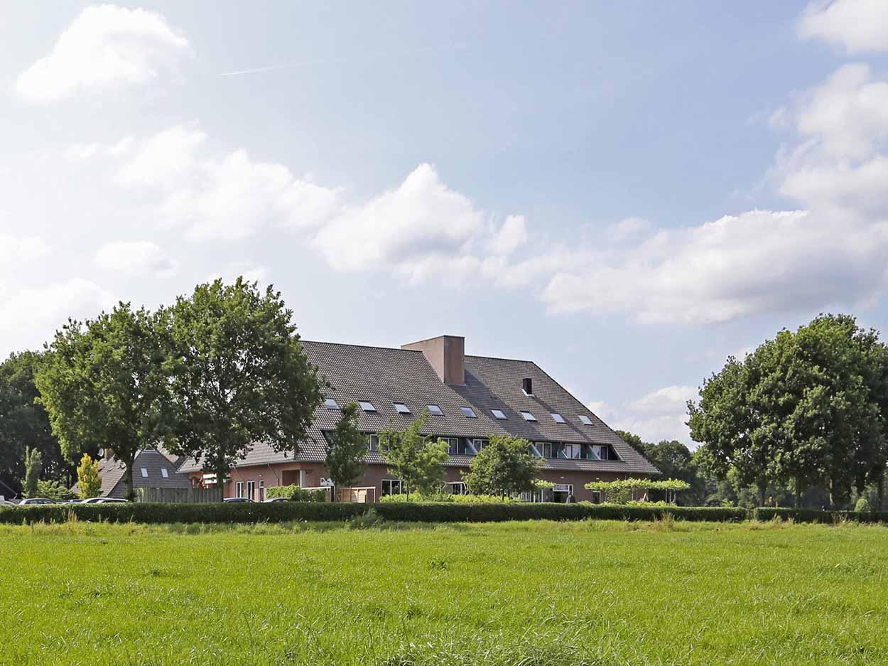 Hotelaanbieding Giethoorn Buitenaanzicht
