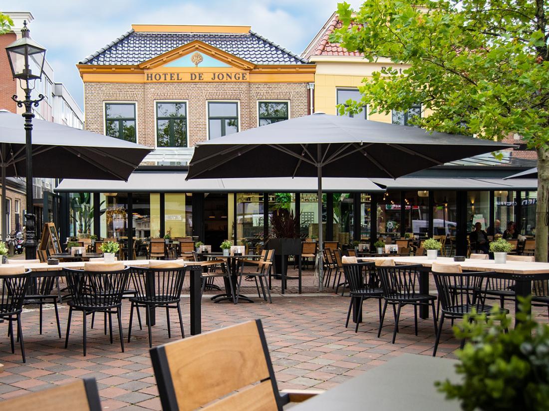 Weekendjeweg Drenthe Assen viersterrenhotel buitenaanzicht