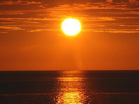 resort land zee zeeland zonsondergang zee