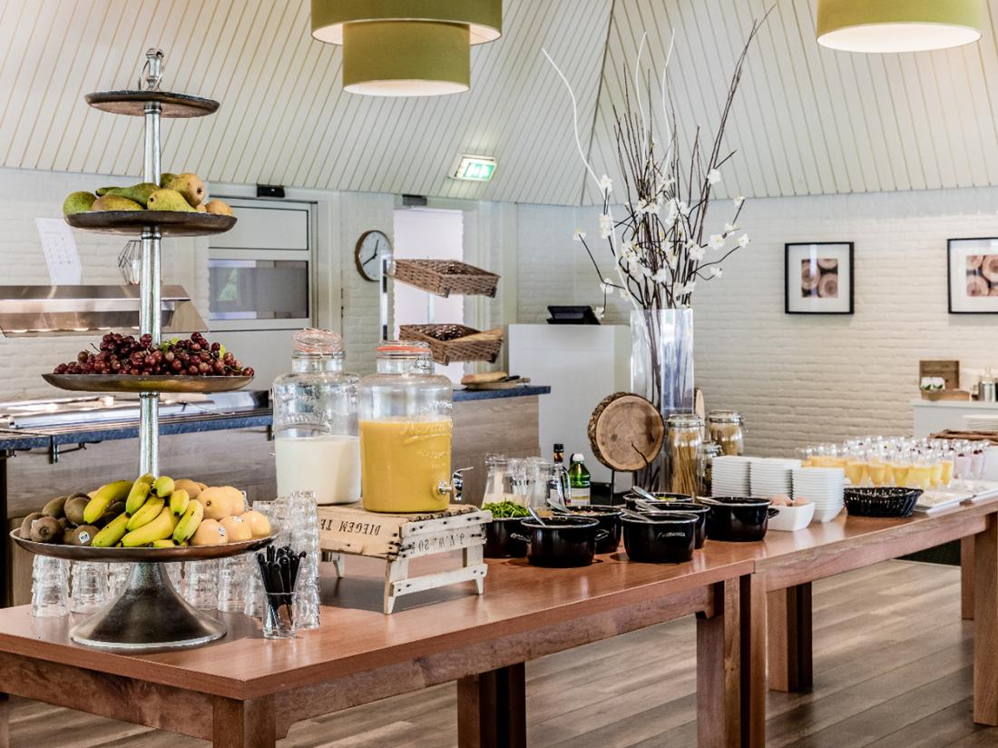 Hotel Mennorode Elspeet Gelderland Restaurant Ontbijtbuffet