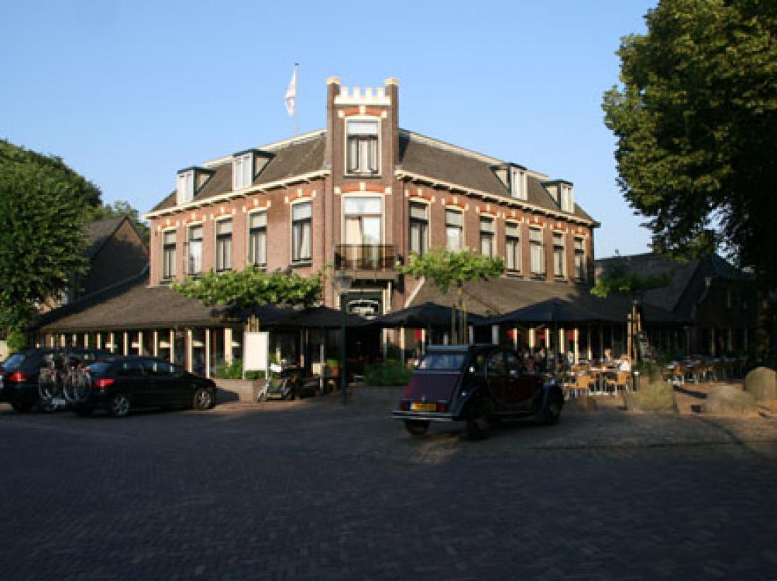 Hampshire Hotel Wesseling Dwingeloo Aanzicht