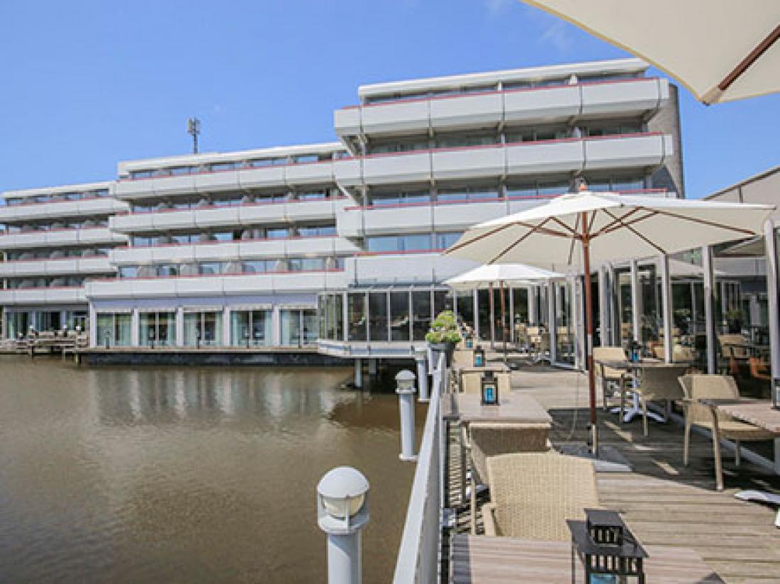 Fletcher Hotel Restaurant Leidschendam Den Haag Zuid Holland Terras