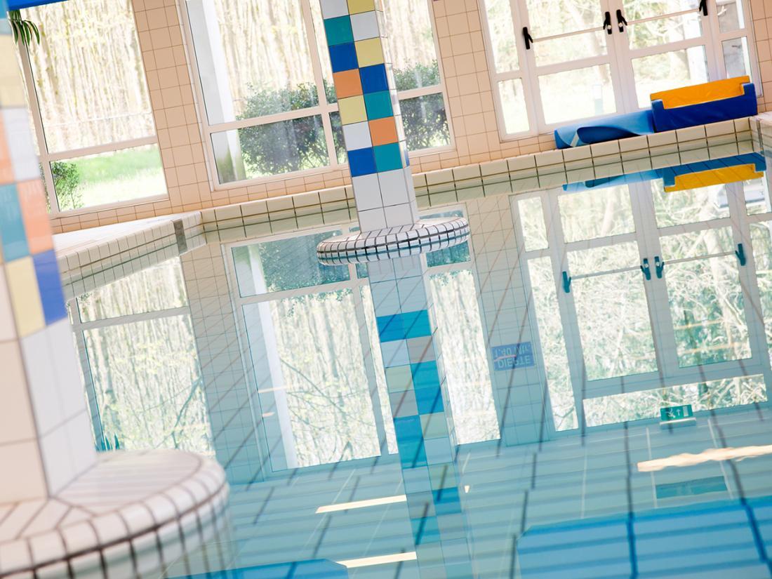 hotelovernachting gelderland beekbergen veluwe zwembad