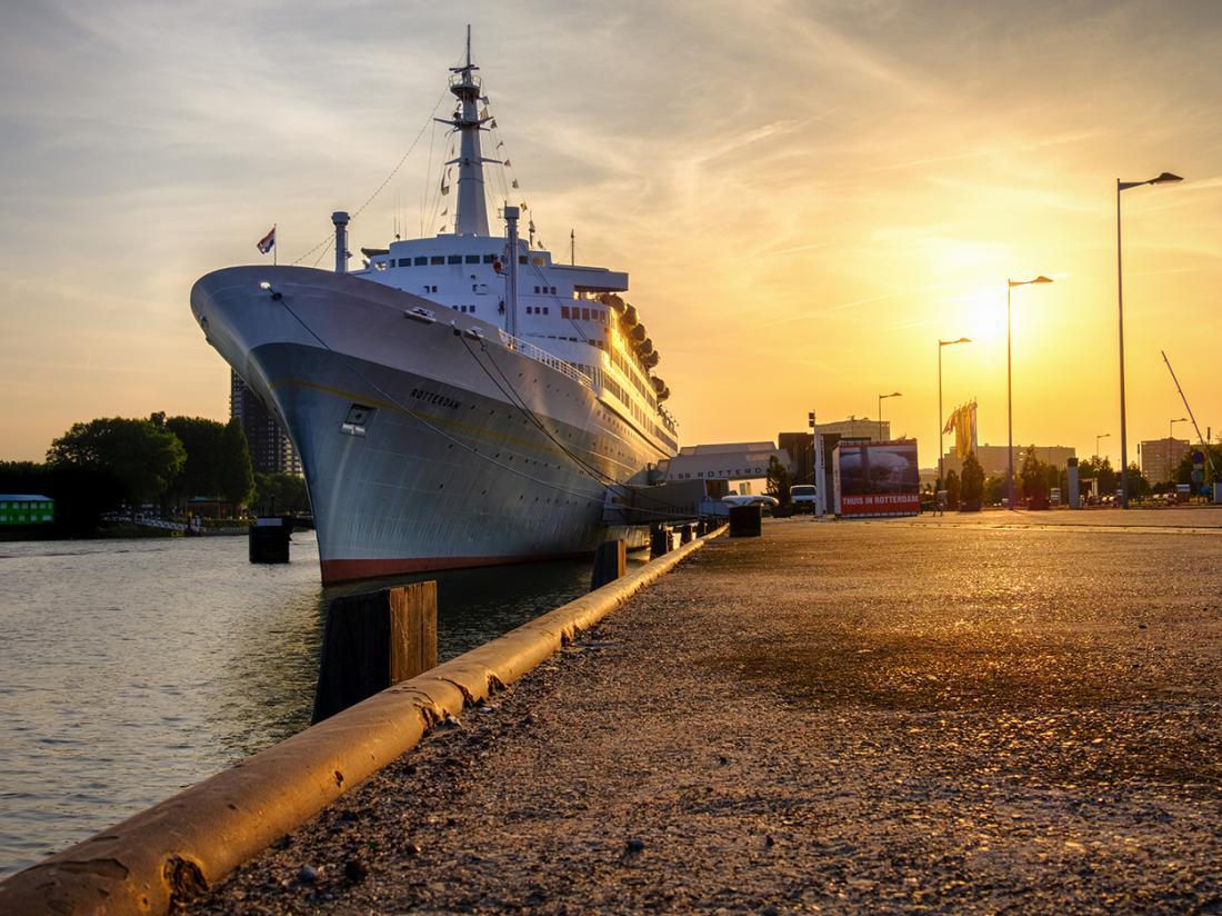 Weekendjeweg Rotterdam ss schip overnachten vooraanzicht