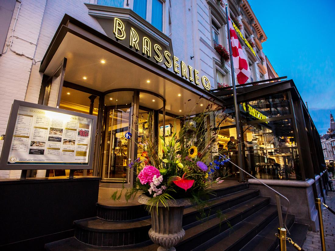 Golden Tulip Hotel Central Den Bosch Brasserie Ce Marktzijde