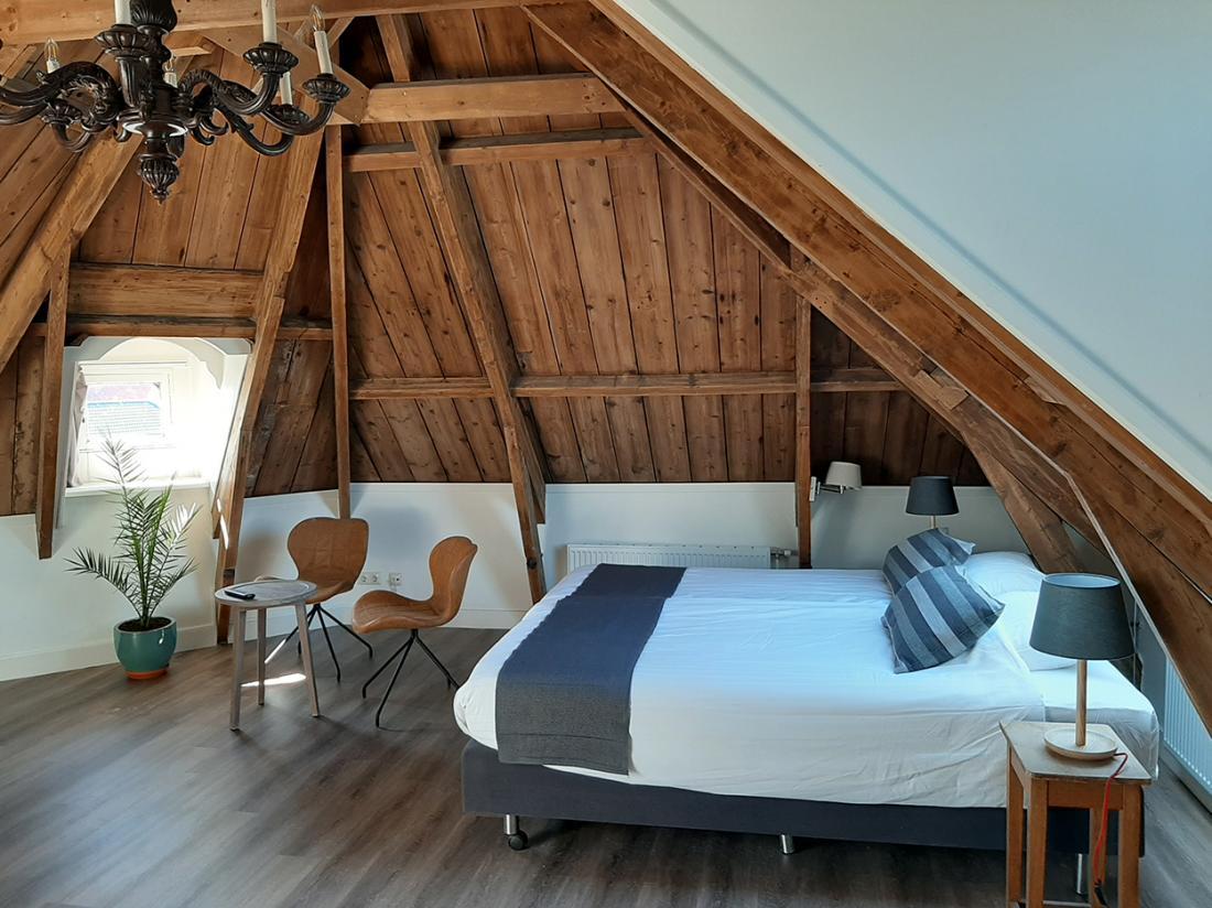 Hotel Herberg Joure Friesland Weekendjeweg Deluxekamer